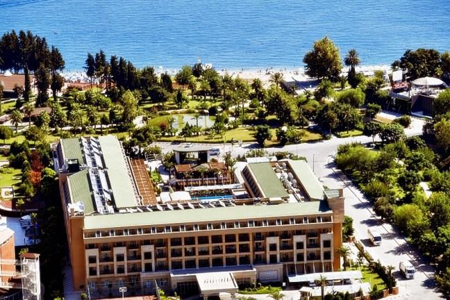 CRYSTAL DELUXE RESORT & SPA HOTEL